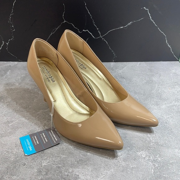 Comfort Plus by predictions heels size 8.5m